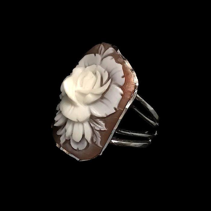 Bridgerton cameo jewelry
